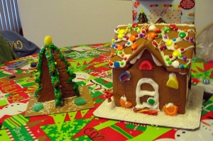 GIngerbread hut and Christmas tree