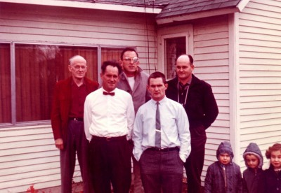 Daddy, his Dad and his 3 brothers plus 3 of my many cousins