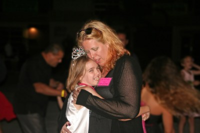 Amara and her Mommy sharing a last dance together.